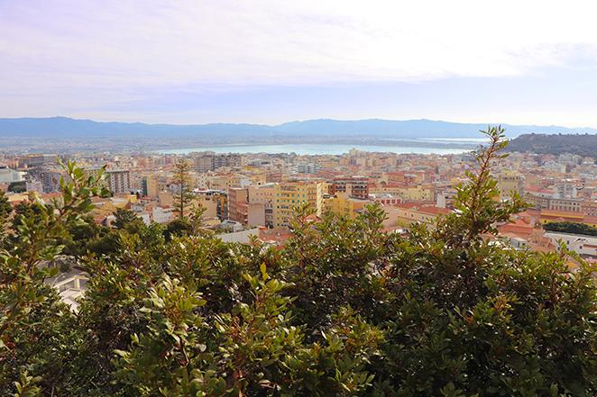 Cagliari-panorama-dai-bastioni