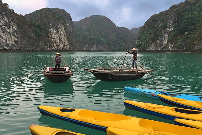 crociera-nella-meraviglia-naturale-di-halong-bay-kayak