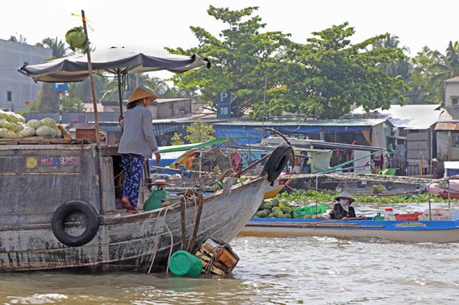 Viaggio-in-Vietnam-Cambogia-e-Singapore-delta-del-mekong-mercato-cai-rang