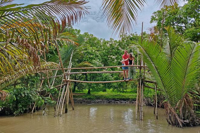 Viaggio-in-Vietnam-Cambogia-e-Singapore-delta-del-mekong-monkey-bridge