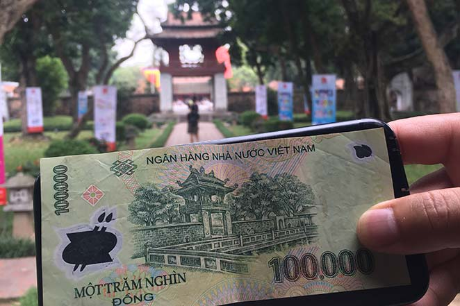 Viaggio-in-Vietnam-Cambogia-e-Singapore-hanoi-tempio-della-letteratura