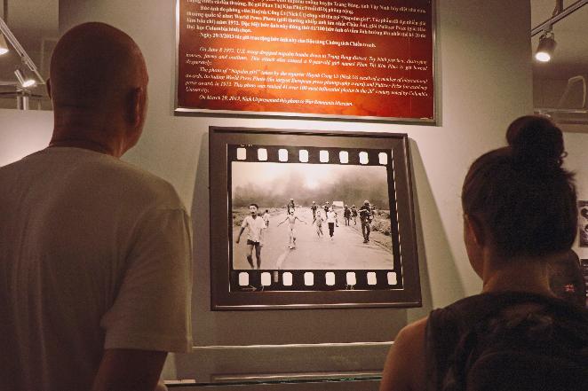 Viaggio-in-Vietnam-Cambogia-e-Singapore-hochiminh-museo-guerra-interno