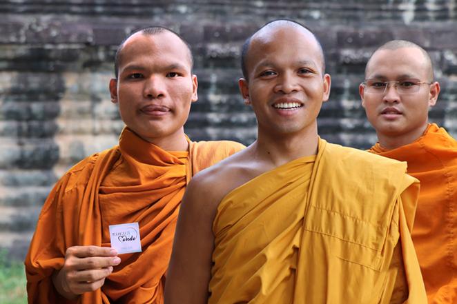 I-sorrisi-della-cambogia-angkor-wat-monaci-meraviglie-del-mondo-blog