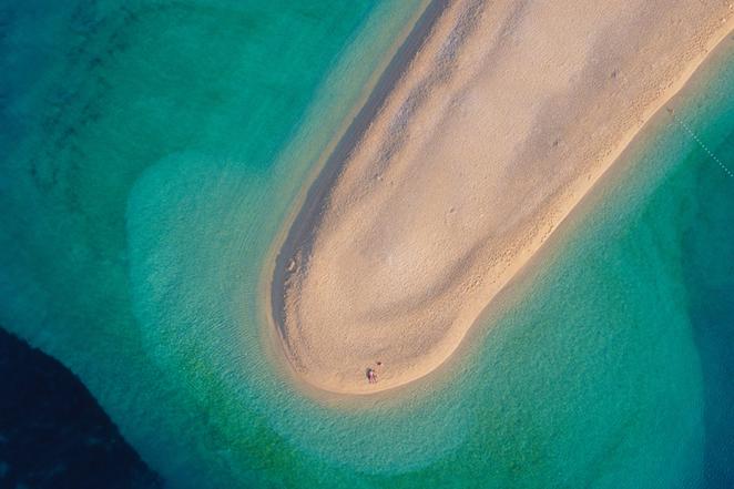 isola-di-brac-zlatni-rat-vista-drone