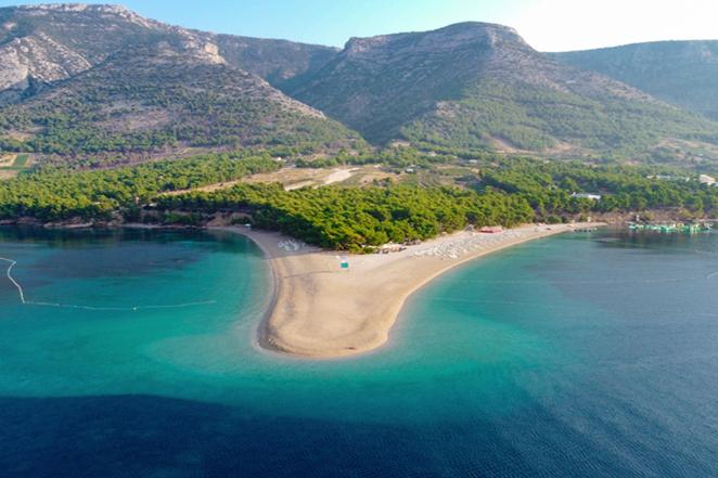 isola-di-brac-scenografico-mare-in-croazia