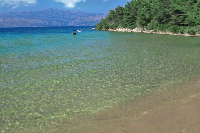 lovrecina-spiaggia-sabbia-brac-croazia